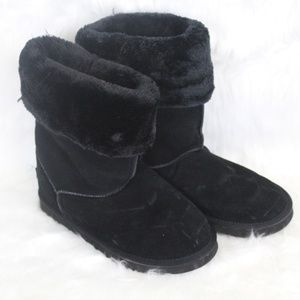 Black UGG Short Boot